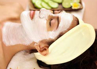Pamper someone special with The Beach Spa Package